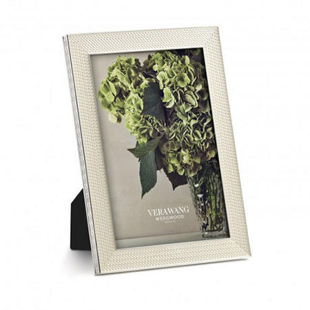 Vera Wang With Love Nouveau Pearl Frame 4 x 6