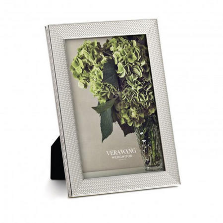Vera Wang With Love Nouveau Silver Frame 4 x 6