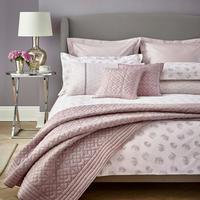 Kari Coordinated Bedding Set