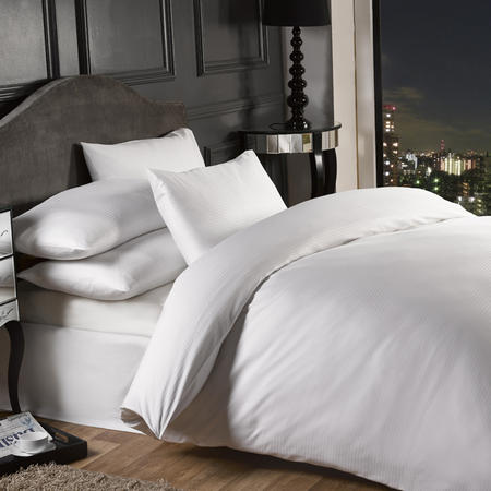 Grosvenor 1000 Thread Count Fitted Sheet White