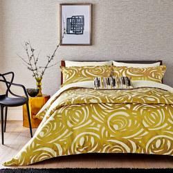 Vortex Coordinated Bedding Gold