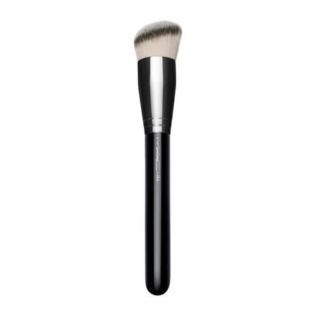 #170 Rounded Slant Brush