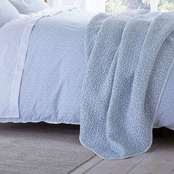 Delicate Print Throw