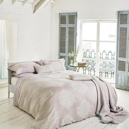 Laurie Coordinated Bedding Set