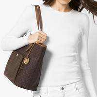 Jet Set Snap Pocket Tote Brown