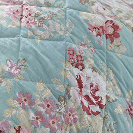 Country Floral Bed Spread Blue