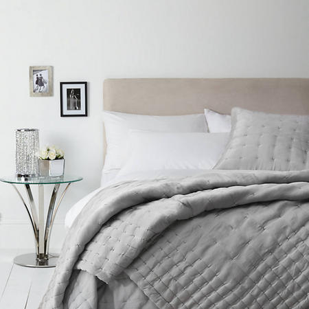 Boutique Hotel Silk Throw Grey