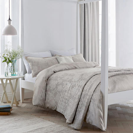 Alencon Coordinated Bedding Silver-Tone