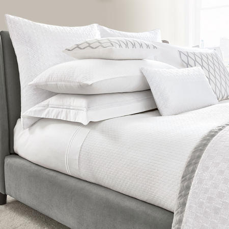 Maya Duvet Cover White