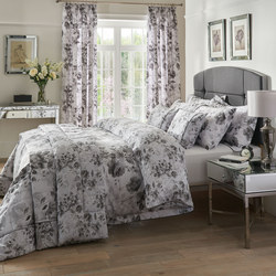 Watery Rose Coordinated Bedding Set Grey