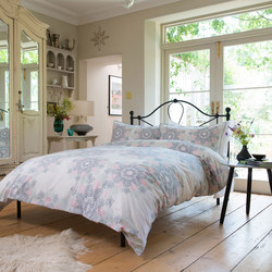 Flower Drop Duvet Set  Multicolour