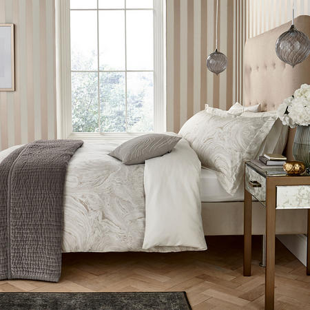 Makrana Coordinated Bedding