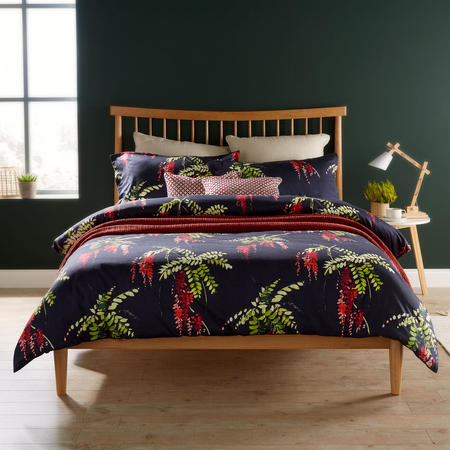 Japonica Duvet Set Red