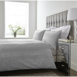 Mayfair 200 Thread Count Duvet Set Silver