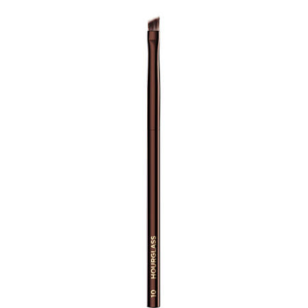 No. 10 – Angled Liner Brush