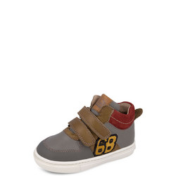 68 Velcro Boots