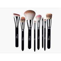 Light Coverage Fluid Foundation Brush N°11