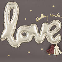 Love is in the Air Large Zip Around Matinee