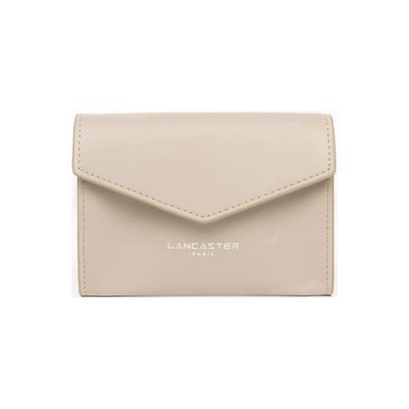 Constance Flap Close Wallet