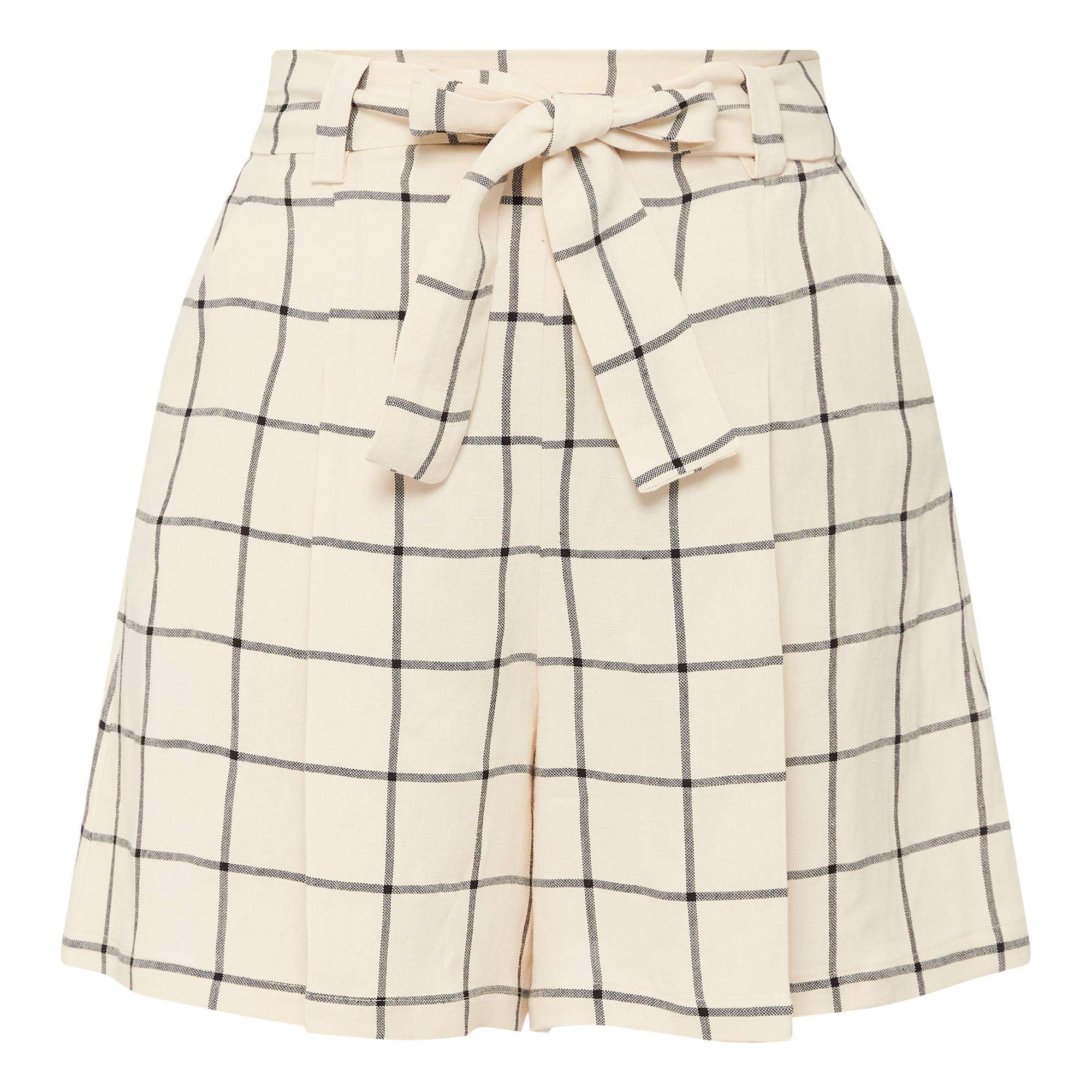 136815954: Check Cropped Shorts