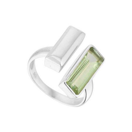 Manhattan Bar Ring with Green Amethyst