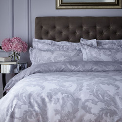 Acanthus Coordinated Bedding