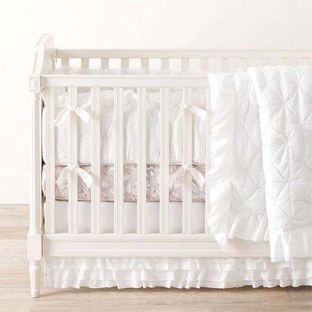 Organic Sadie Ruffle Baby Bedspread
