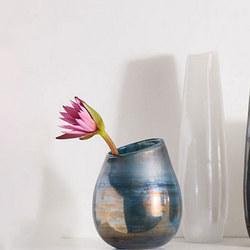 Large Round Lustre Curve Vase