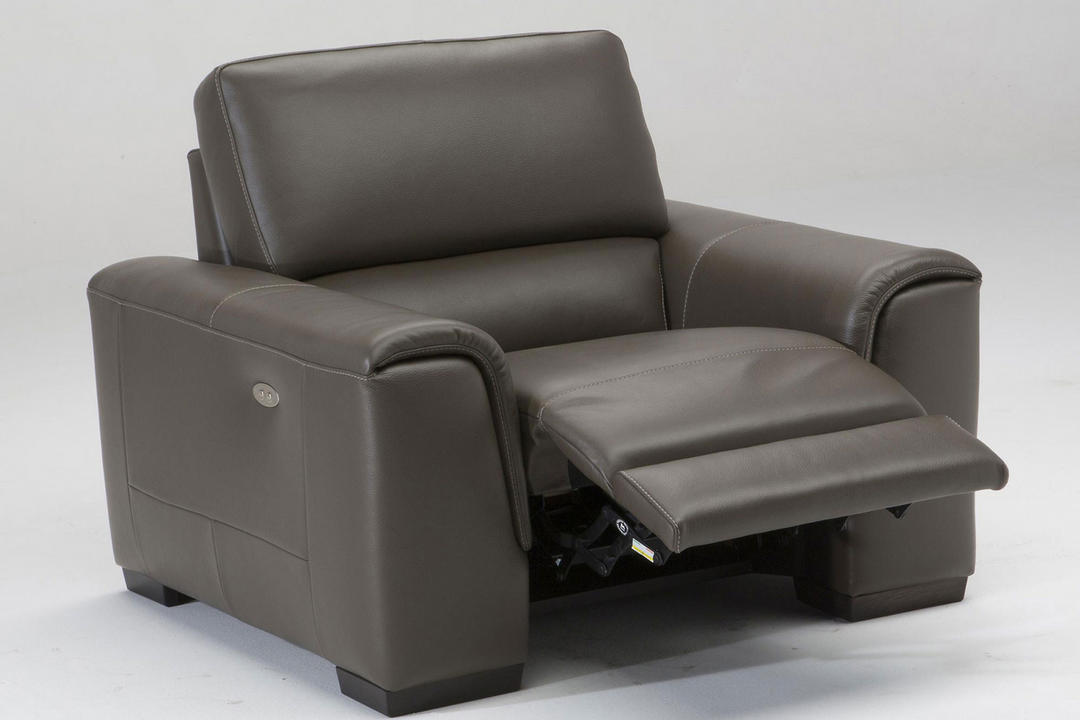 B969 Ozio Leather Armchair With Power Recliner