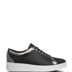 Rally Sneaker