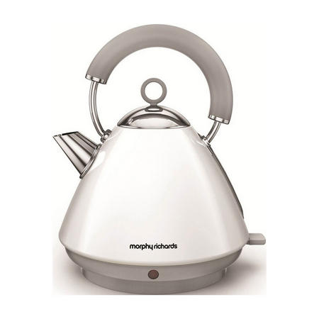 Accents White Traditional Kettle