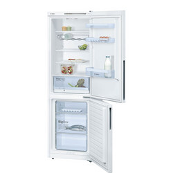 Serie 4 White Classixx Fridge Freezer