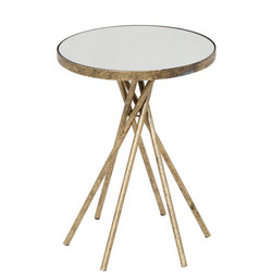 Johana Table