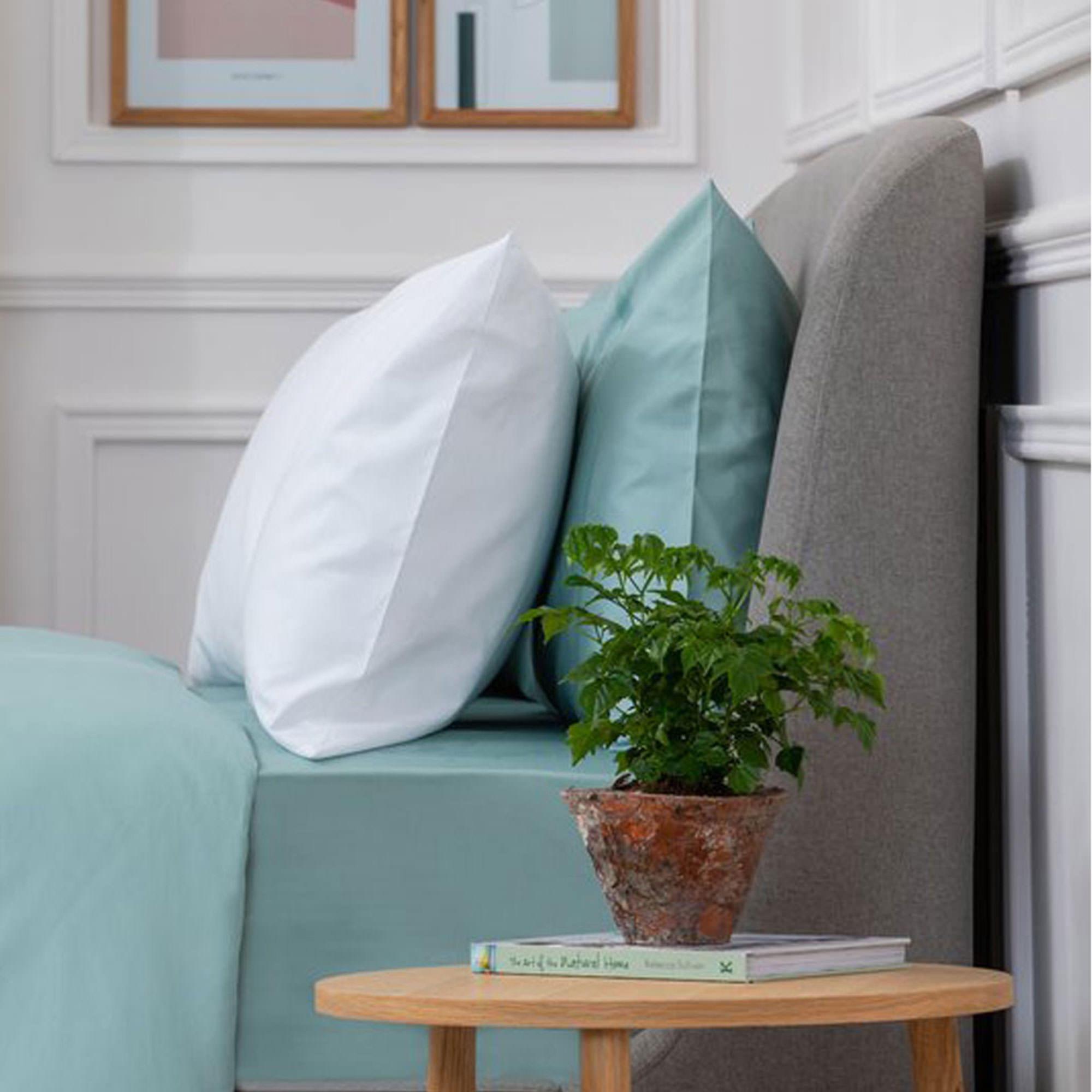 5617AQUASATEENPCBLUE: Sateen Pillowcase