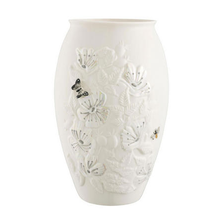 "Irish Wild Rose 10"" Vase"