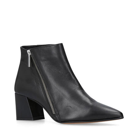 Signet Ankle Boots Black