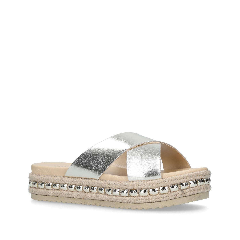 580020127611094300GOLD: Kupkake Sandal