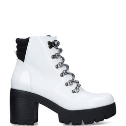 Hallow Ankle Boot