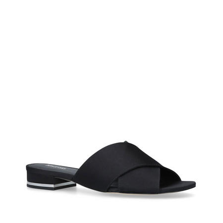 Shelly Flat Sandal Black