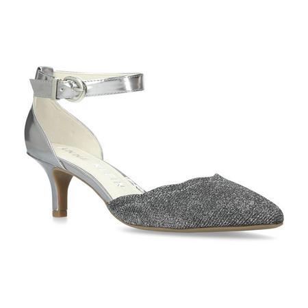 Findaway Court Shoe