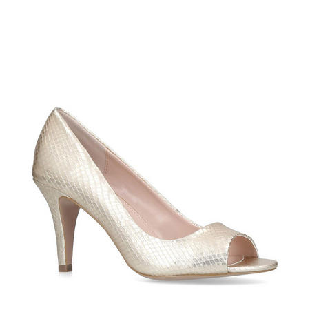 Libby Court Shoe Gold