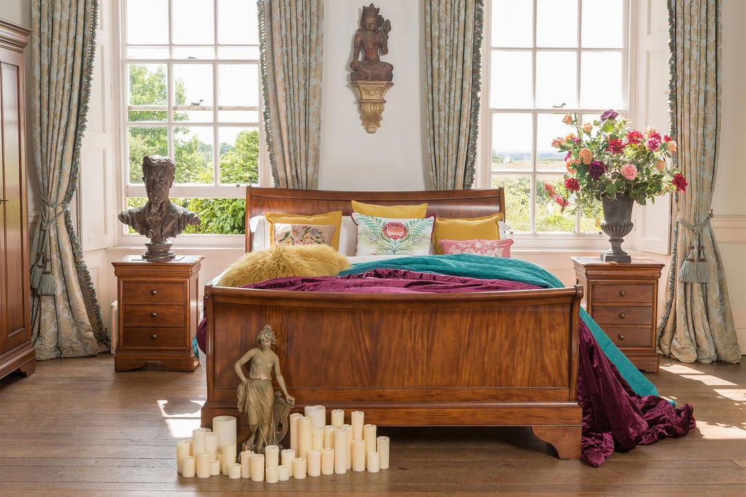 Antoinette Bedside Chest