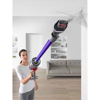 V11 Animal Vacuum Cleaner