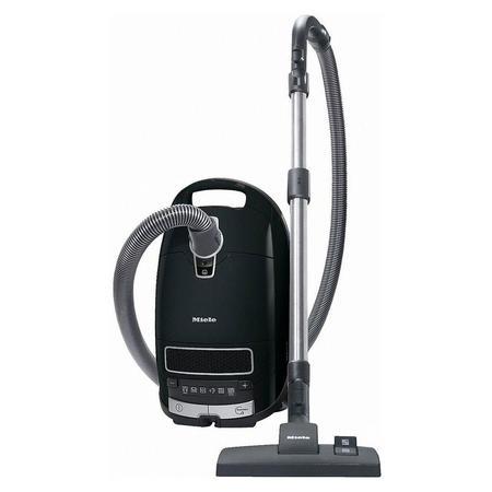 Complete C3 Pure Black Vacuum Cleaner C 890W