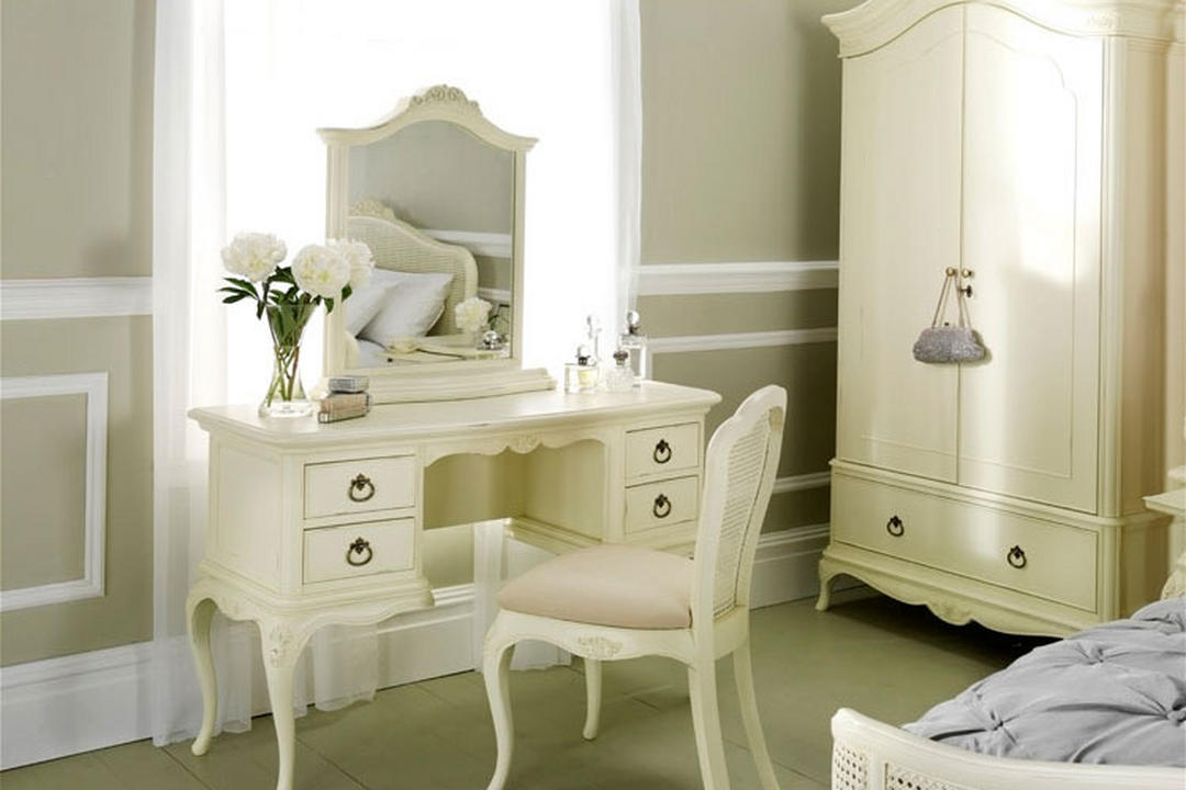 Ivory Dressing Table