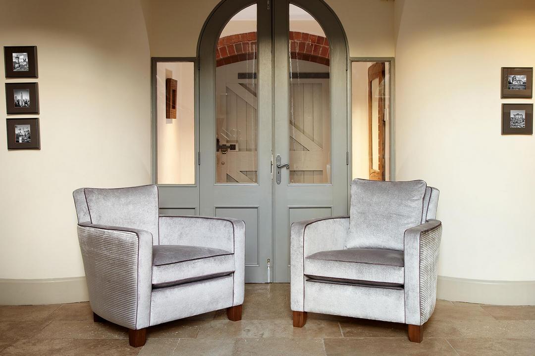 Hoyland Chair, Satara Bronze