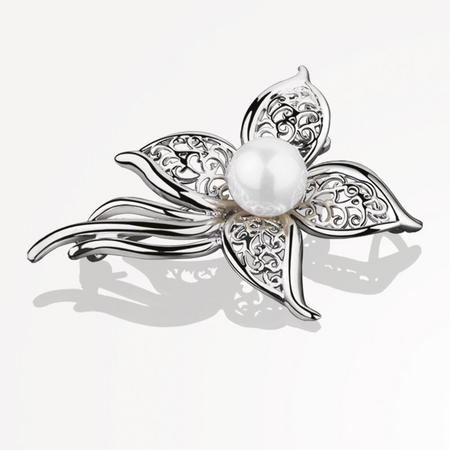 VGK138404 Grace Kelly Brooch