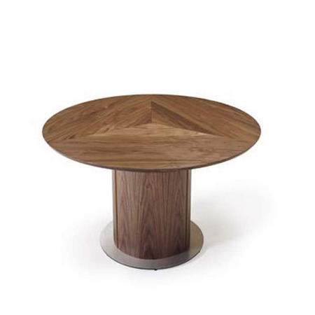 SM32 Table Walnut