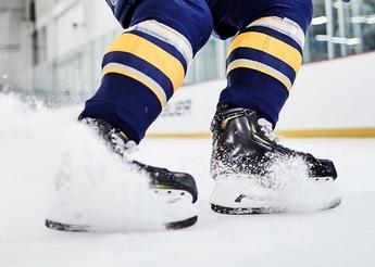 Powerful skater stopping