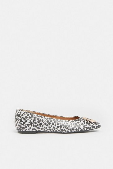 Animal Ring Detail Square Toe Ballet Pump